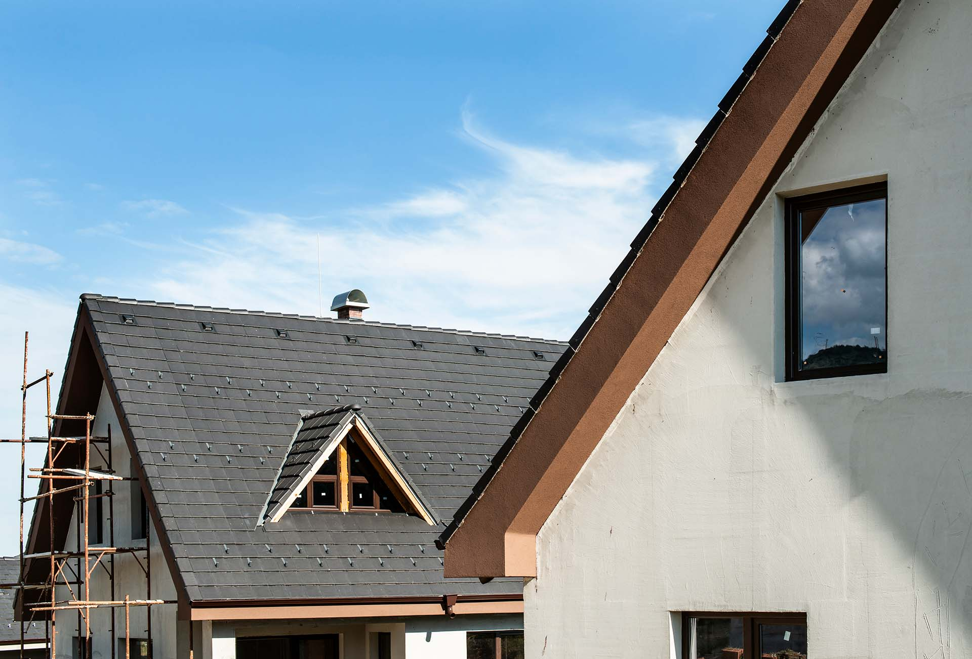 What are good questions to ask a roofer?