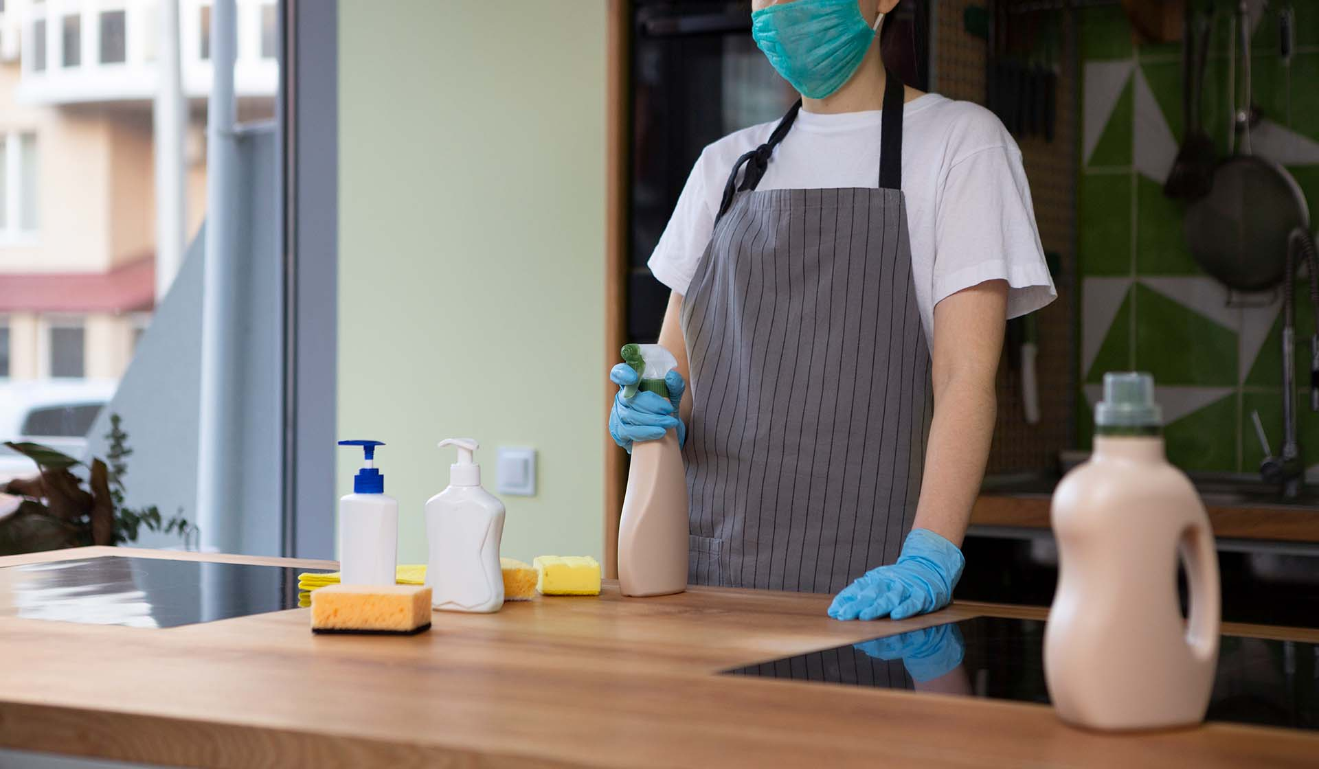 What Cleaning Supplies Do I Need to Start a Cleaning Business?