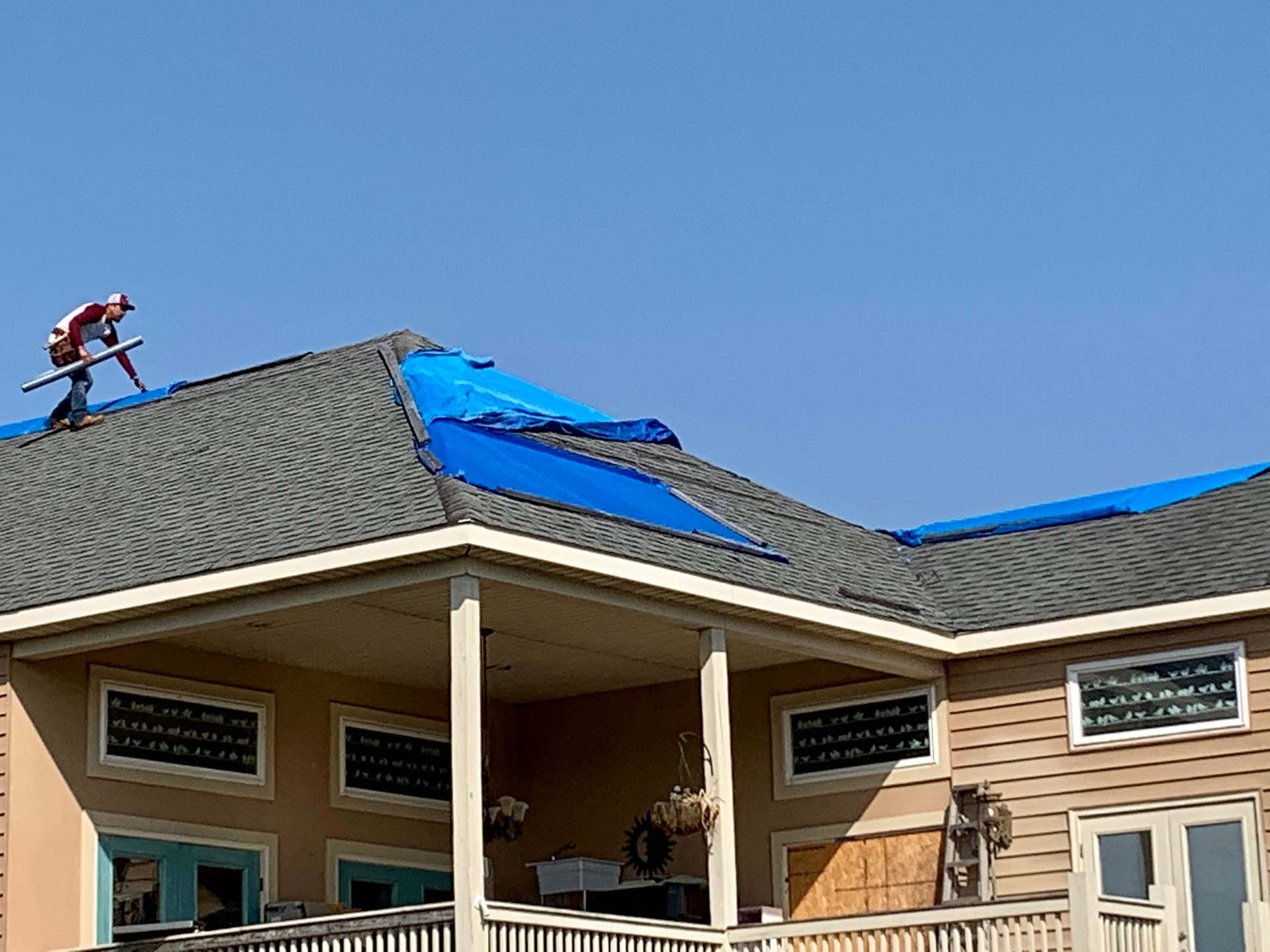 What should I expect from a roofing company?